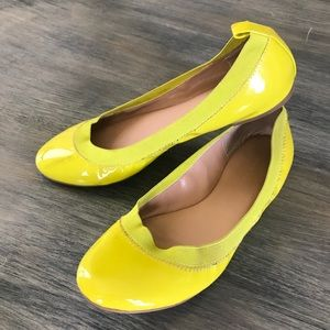 Banana Republic yellow leather 8.5